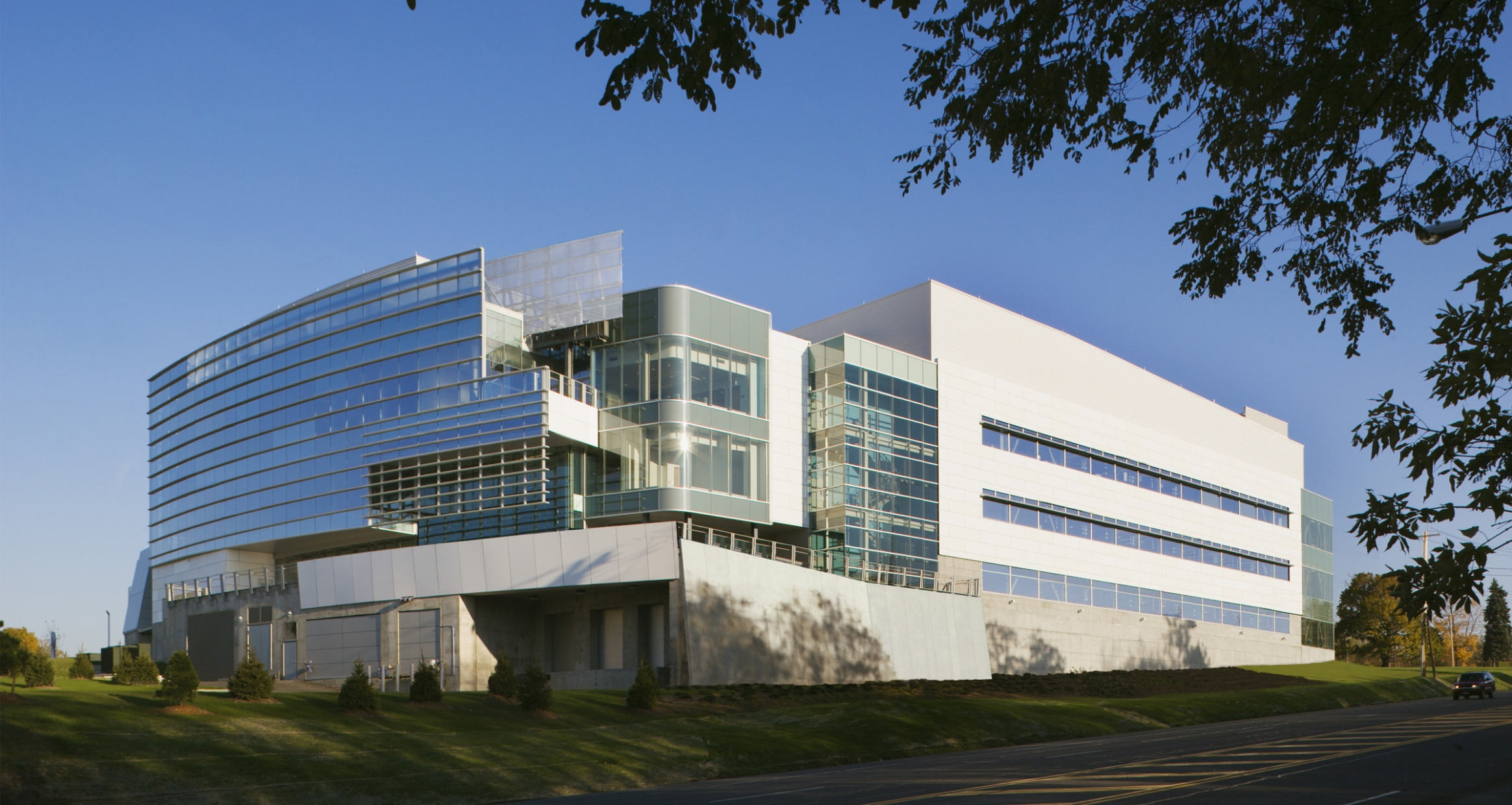 Exterior of Gen*NY*sis Center for Functional Genomics