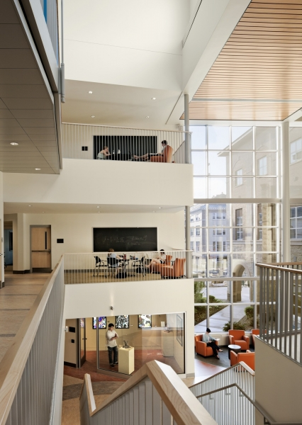 Multi-level atrium with soft seating and collaboration spaces